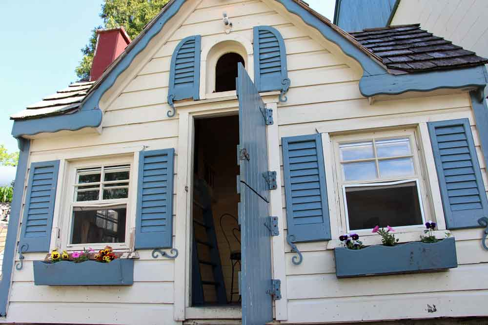 child friendly farm bed and breakfast Lancaster PA
